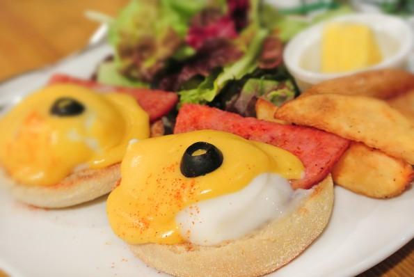 Egg Benedict  ¥1080